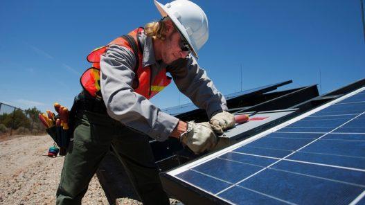 Pixabay Solar Worker Man 3740127 960 720